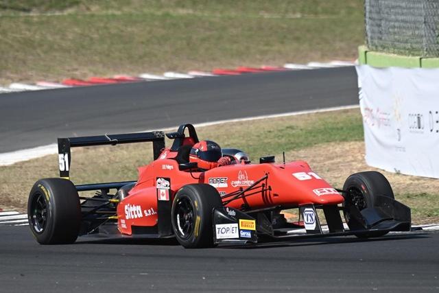 Il Topjet F2000 Italian Trophy sotto il segno di Pellegrini