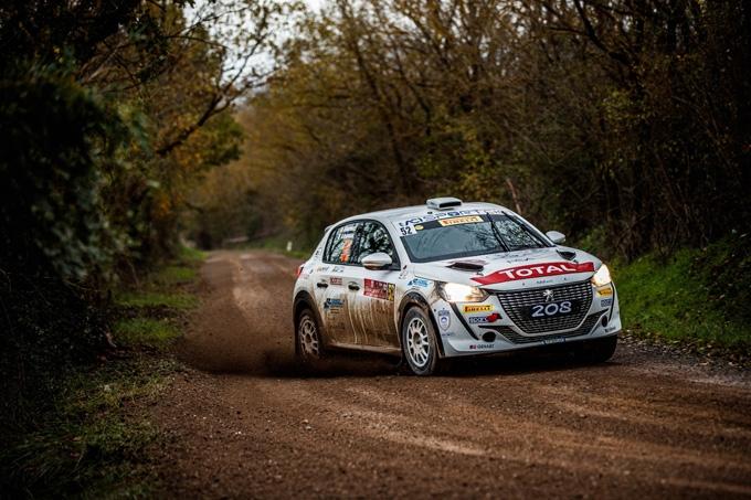 Paolo Andreucci e Anna Andreussi campioni italiani rally 2RM