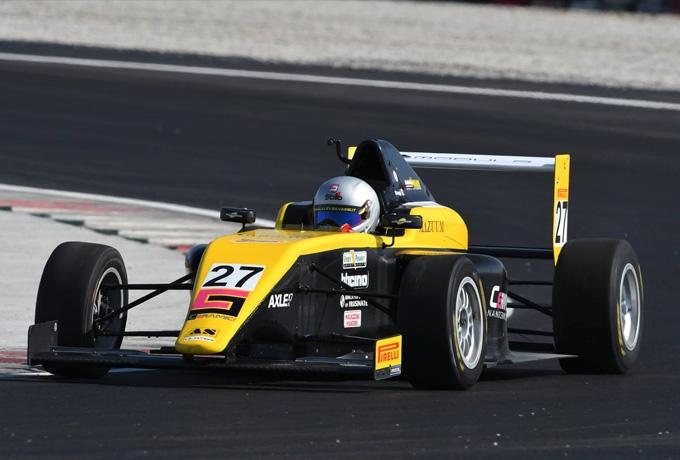 Nuovi test per Alex Silvaggi in Formula 4