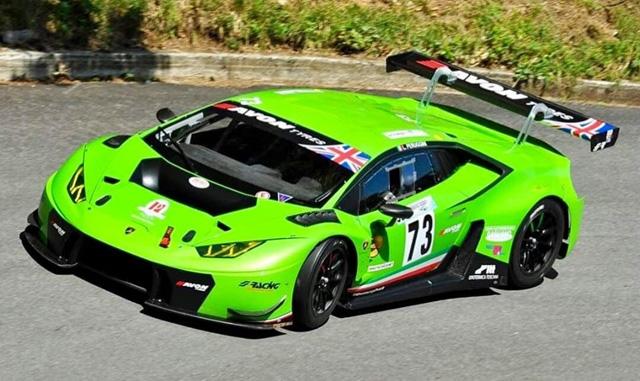 Lucio Peruggini premiato al Monza Eni circuit campione italiano assoluto gruppo GT 2019.