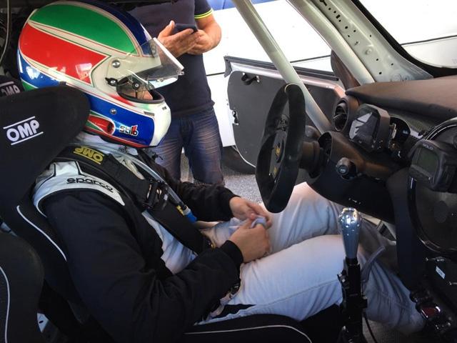 Giuseppe Cartia debutta sulle quattro ruote a Vallelunga