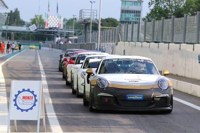 A Misano il Porsche Club GT entra nella fase clou