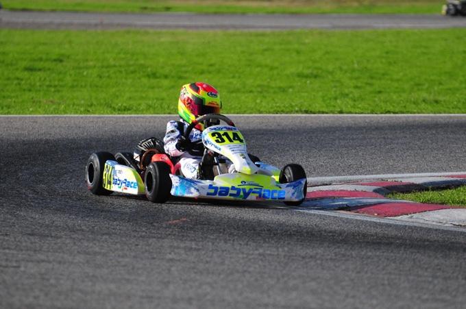 Debutto con vittoria per Marco  Verde con il Team Babyrace sul circuito internazionale  di Napoli dov'era in  programma il 25° Trofeo SENNA.