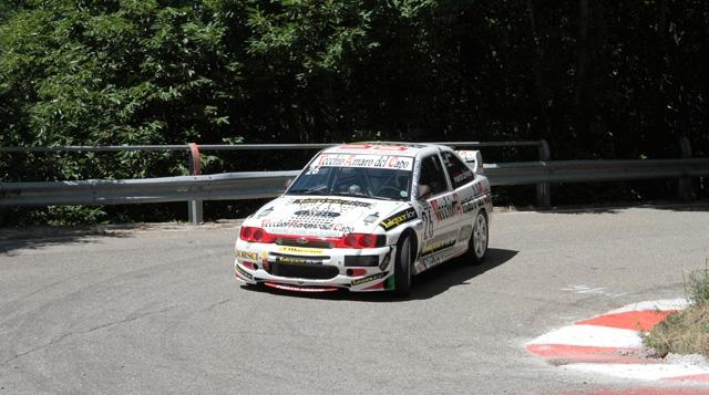 Un altro podio di classe e gruppo nel TIVM per la Porto Cervo Racing con il pilota Ennio Donato (Ford Escort Cosworth).
