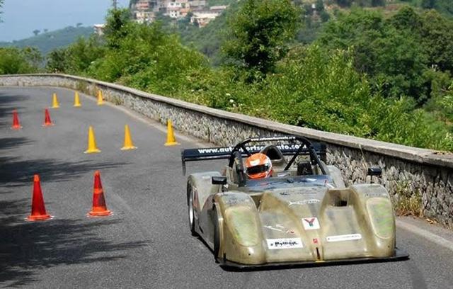 La Vesuvio al Maxislalom di Roccadaspide in 14