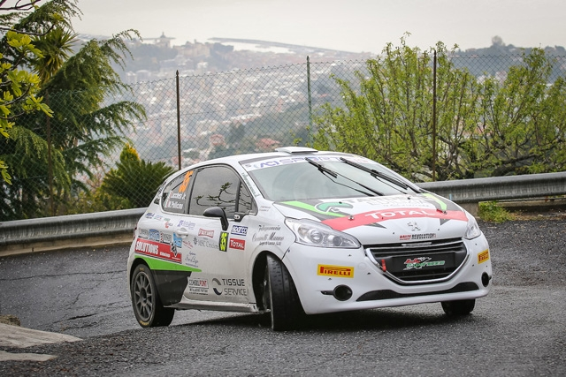 Una foratura rallenta Christopher Lucchesi al rallye di Sanremo