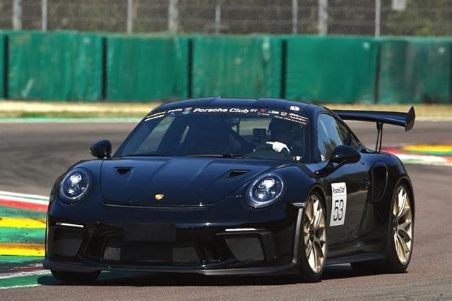 Le sfide di Imola rivoluzionano il Porsche Club GT al giro di boa