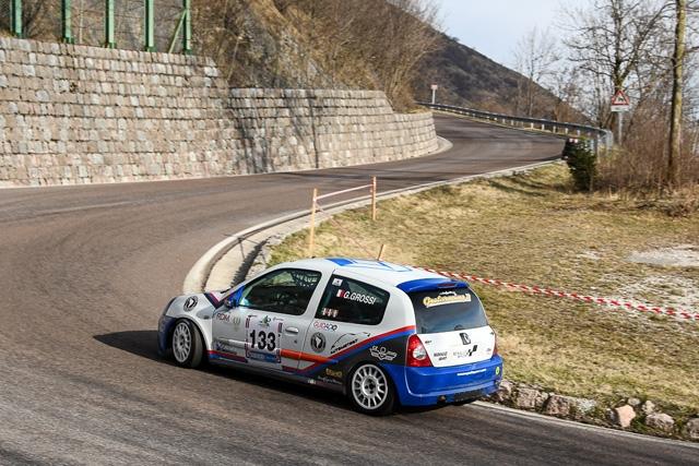 Gianluca Grossi vince subito al Costo con il record e regala alla Scuderia Gretaracing il primo podio stagionale