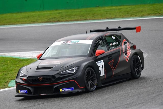 ELITE Motorsport a Vallelunga con Imberti e Butti