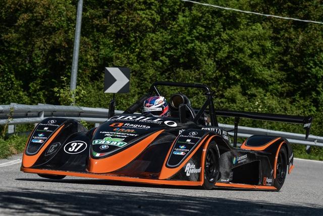 Achille Lombardi e la Osella PA21 JrB 1000 si aggiudicano entrambe le gare del Nevegal sia in classe che in gruppo Moto