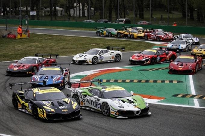 Il Ferrari Challenge battezza la stagione 2021 dell'Autodromo Nazionale Monza