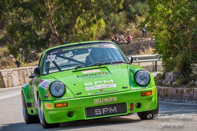 Tredici rappresentanti della scuderia RO racing alla Monte Erice.
