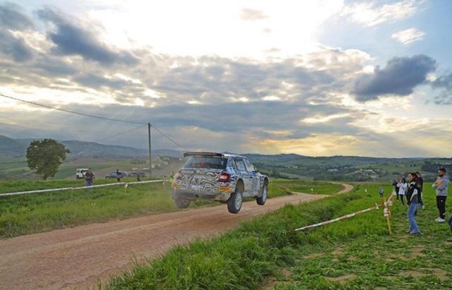 Gara di assoluto prestigio per Andrea Crugnola che nel prossimo fine settimana sarà impegnato nella sedicesima edizione del Rally Italia Sardegna 2019, quarto round del Campionato Italiano Rally.