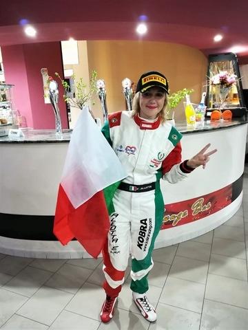 Ingresso rosa in casa RO racing, la campionessa italiana slalom Enza Allotta.
