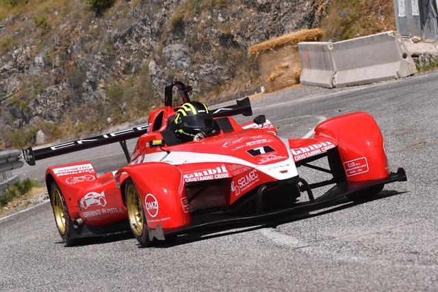 Francesco Michea Carini con la Wolf Thunder motorizzata Aprilia griffata Scuderia BestLap vince la propria classe ed è secondo tra le 1000 motori moto alla 56^ Rieti-Terminillo