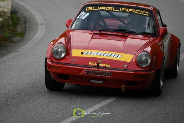 Ben dieci i piloti iscritti, in Sicilia, alla Monte Erice, valevole  per il Campionato italiano velocità della montagna per le auto moderne e storiche.