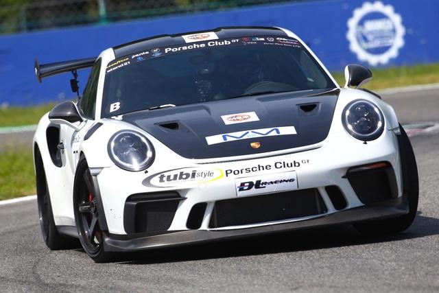 Il Porsche Club GT torna in pista a Imola per il giro di boa 2020