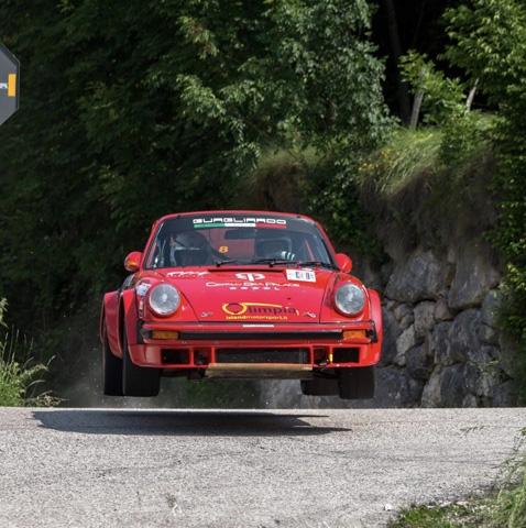 Colpaccio della scuderia RO racing. Il sodalizio siciliano schiererà nel Campionato italiano salita riservato alle auto storiche, con una Porsche 911 RS del Secondo Raggruppamento, il plurititolato pilota palermitano Natale Mannino.