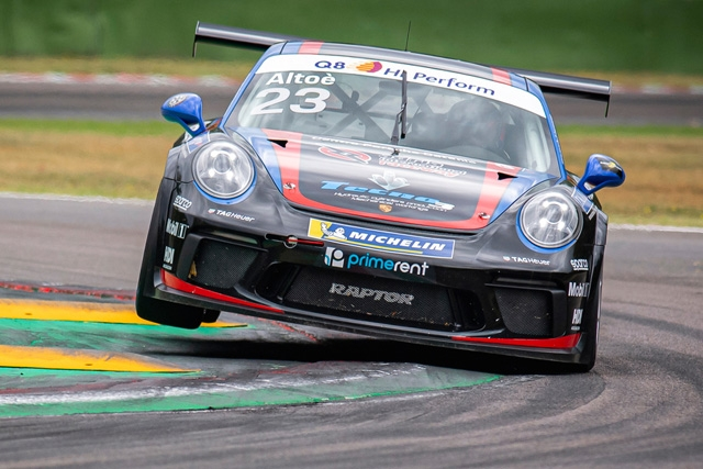 Raptor Engineering mette la quarta a Vallelunga in Carrera Cup Italia