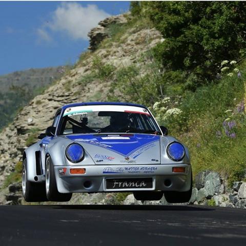 New entry alla scuderia RO racing. Il sodalizio siciliano schiererà nel Campionato italiano salita riservato alle auto storiche, con una Porsche 911 del Secondo Raggruppamento, il pilota di Carini Matteo Adragna.