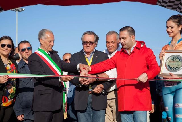 Gian Carlo Minardi apre il Motorshow 2Mari: «Evento unico per l'Italia dei motori»