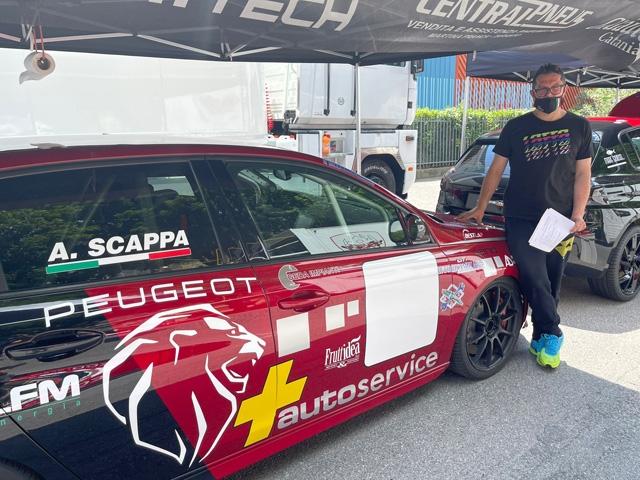 Il leader della classifica Racing Start Antonio Scappa ai nastri di partenza del Trofeo Vallecamonica